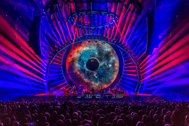 Jeff Lynne's ELO Alone in the Universe Tour